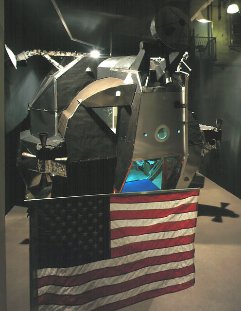 Lunar Excursion Module at Galleria Franco Noero, 2000, view from outside gallery.  This LEM is now on the Island of Sardinia.